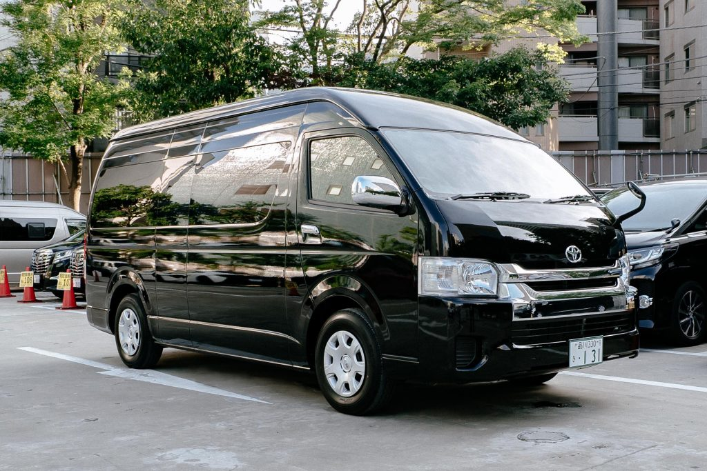 New Chitose Airport Transfers Toyota HiAce Grand Cabin