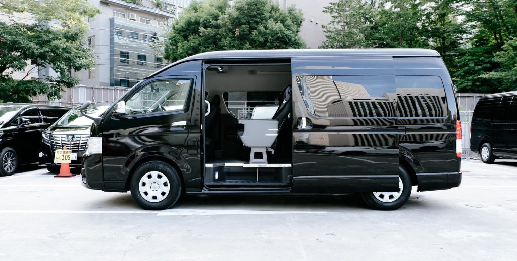 New Chitose Airport Transfers Toyota HiAce Luxury Cabin