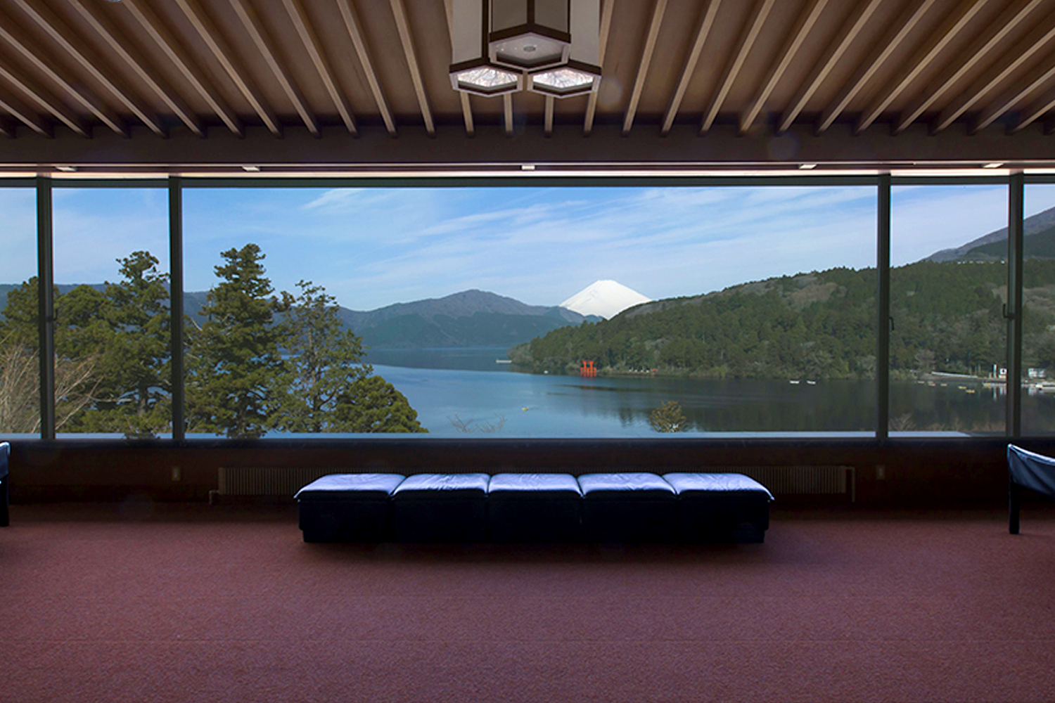 Hakone Museum Exploration Private Package Tour